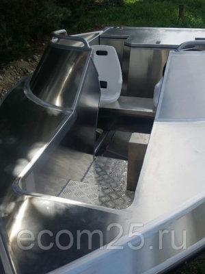 Моторный катер Jet Boat